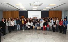 Ομαδική αναμνηστική φωτογραφία από το Συμβούλιο Αντιπροσώπων της Παιδικής HELMEPA
