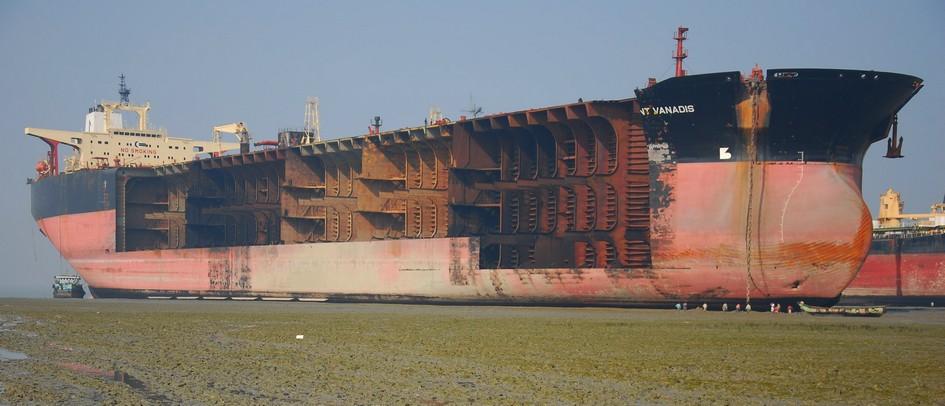 ship breaking_dialitiria_photo 3.bp.blogspot.com