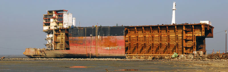 ship breaking_dialitiria_scrap_ship-seller.com