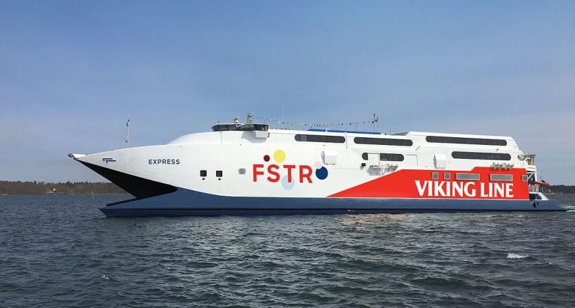 Fast Ferries και Golden Star Ferries