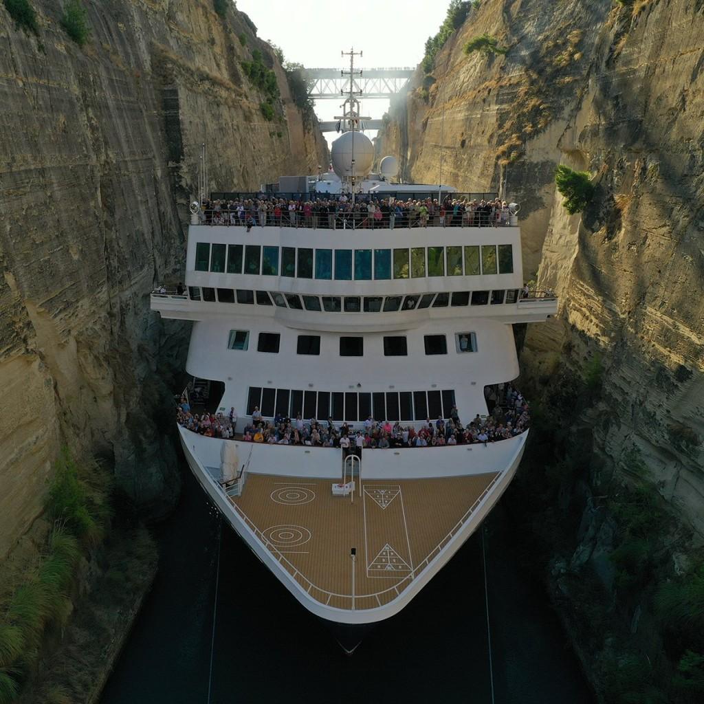 Το μεγαλύτερο κρουαζιερόπλοιο που πέρασε ποτέ από τη διώρυγα της Κορίνθου |  Nautilia.gr