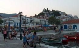 Town_of_Skiathos